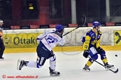 AHL G24: Zeller Eisbaeren-Cortina