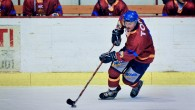 """di Johnny Lazzarotto Il """"Falco"""" di Gallio Lucio Topatigh continua a volare, ma sul gradino più alto del podio è costretto a cedere al coach dei campioni d'Italia dell'Asiago Hockey […]"""