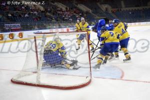 2015_04_20 italia ucraina gol dec ita