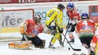 (da asiagohockey.it) – Nel corso dell'allenamento su ghiaccio di martedì sera, Stefano Marchetti ha subito un infortunio di gioco. Il giocatore, colpito dal disco alla bocca, è stato immediatamente trasferito […]