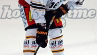 (Comun. stampa HC Lugano) –L'Hockey Club Lugano comunica che il difensoreLorenz Kienzleha riportato nel corso della partita di sabato sera alla Resega contro lo Zugo la frattura del dito di […]