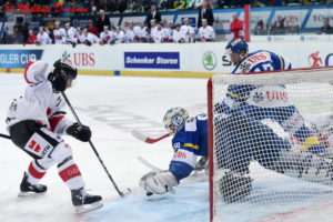 EISHOCKEY SPENGLER CUP 2016 DAVOS TEAM CANADA