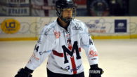 (da hockeymilano.it) –Nuovo rinnovo in casa Milano, si tratta di Simone Asinelli, attaccante di stecca destra, 183 cm x 86 kg, nato a Milano il 30 settembre 1998. Cresciuto tra […]
