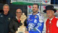 Online le foto di Gherdëina-Cortina e Cortina-Gherdëina (Torneo Ladino). Vai ai link 4a partita 6a partita