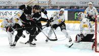 Dopo il doppio successo contro il Langnau, allunga a tre la sua striscia positiva, regolando alla Corner Arena anche il Friborgo (4-2) grazie alla doppietta di Fazzini e ai gol […]