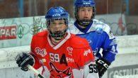 Nell'imminente campionato di IHL Division I coach Larcher potrà contare su quattro giocatori dell'Academy dei Foxes e due innesti Under 17 del Trento. Il giocatore con maggiore esperienza del pacchetto […]
