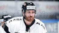 Raffaele Sannitz ha informato in questi giorni l'Hockey Club Lugano della sua decisione di ritirarsi dall'hockey professionistico dopo 22 stagioni consecutive. Il 38enne attaccante, nato il 18.05.1983 e cresciuto a […]