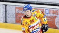 La Migross Supermercati Asiago Hockey annuncia la conferma di Cameron Ginnetti, che farà parte della formazione Stellata per la terza stagione consecutiva. Ginnetti, difensore 23enne originario di Vancouver, tornerà sull'Altopiano […]