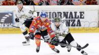 (m.g) C'erano ben sei partite in programma in questo sabato nella Alps Hockey League. Le larghe vittorie di Bregenzerwald (ai danni del Kac), Rittner Buam (a Salisburgo), Linz (a Feldkirch) […]
